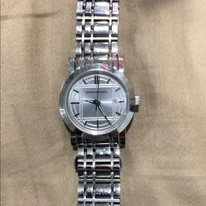 Preowned Women's Burberry watch